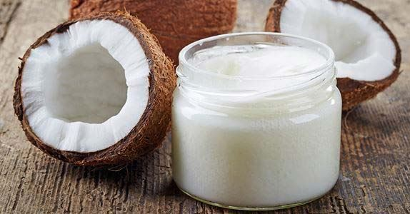 Coconut Oil: The miracle oil you should be using